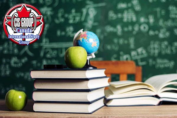 سیستم آموزش کالج مک دنیل مجارستان